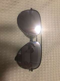 Quay Desi High Quay sunglasses black mirror