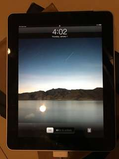 Ipad 1 32gb 3G+Wifi plus casing keyboard