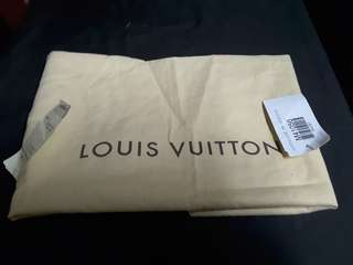 Authentic lv dustbag for speedy 35 with tags almost new