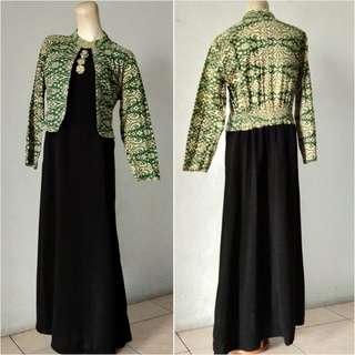 Dress hitam mix blazer batik hijau
