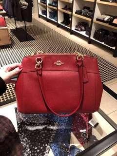 Coach Handbag 中size