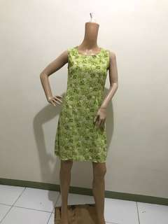 Size M Dress Floral Light Green