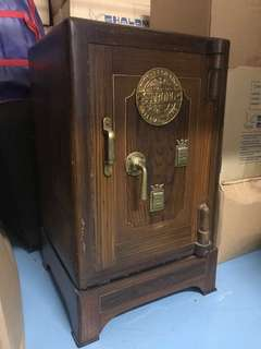 Antique Cast Iron Safe - Fire Proof - price drop