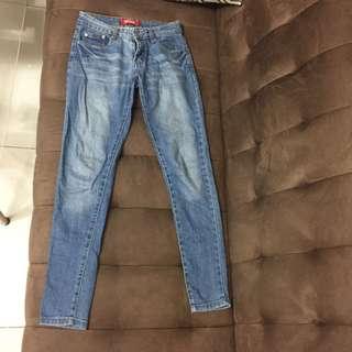 Levis denim pants/jeans