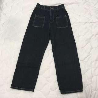 🚚 黑色直筒長褲