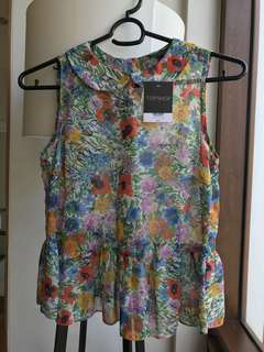[New] Topshop Floral Collared Peplum Top
