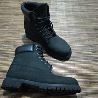 Boots mirip timberland ( no merk ) kulit asli ( nubuck leather )