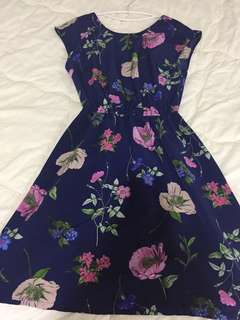 Old navy floral dress XS