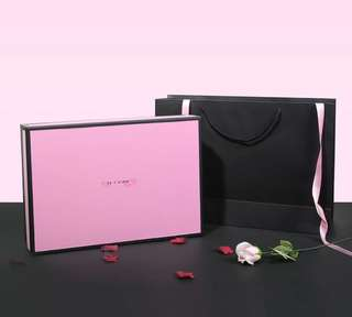 🚚 Pink Classy Gift Box and Bag