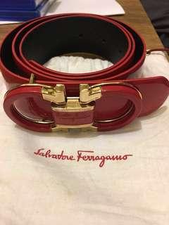 100% New Ladies Salvatore Ferragamo belt