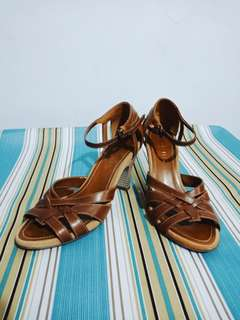 Aerosoles brown sandals