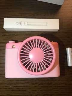 Sty! epie PaPa Travelling Fan + power bank  粉紅色 旅行風扇 加 尿袋 (4000mAh)