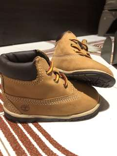 🚚 Timberland Classic infant baby Boots