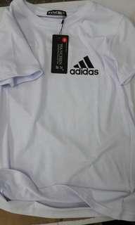 🚚 T恤白色 size S  adidas  短袖 man