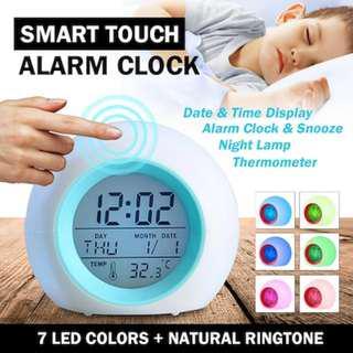 🚚 Touch Sensor Alarm Clock: Back light Alarm Clock with 7 Natural Ring Tone.