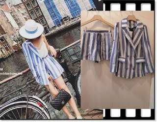 🚚 parisfrank~~全新轉賣 blossom 藍白條紋 清爽時尚 輕薄西裝外套+鬆緊短褲 套裝set (S號)  0