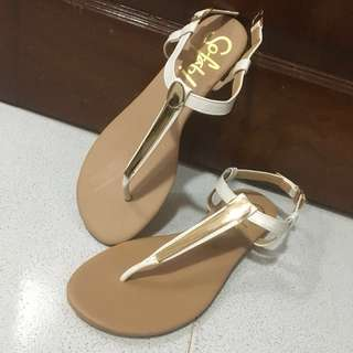 Sofab thong sandals size 7