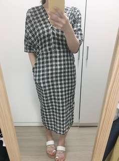 🚚 格紋v領洋裝