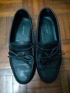 Zara man leather loafer size EU40