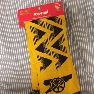 Arsenal 全新頸巾
