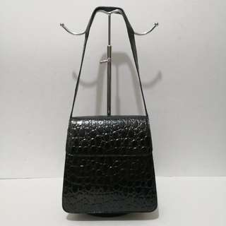 NB Stamped Croc Leather Vintage Style Structured Black and Brown Shoulder Bag