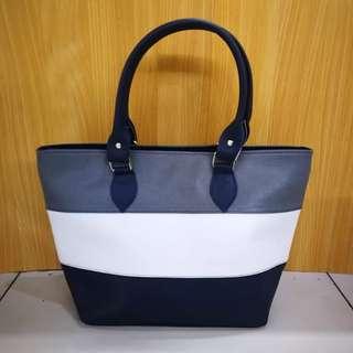 2-Way Hand/Shoulder Tote Bag.