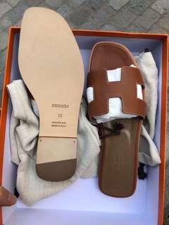 Hermes gold sandal 38