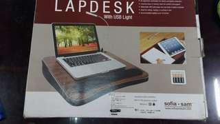 天生拍賣 Sofa + Sam 隨行工作站附USB閱讀燈