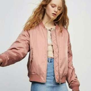 PULL AND BEAR bombet jacket pink