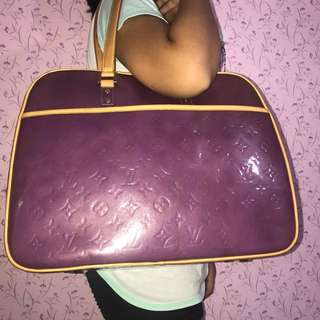 Authentic Louis Vuitton Vernis Sutton with dust bag