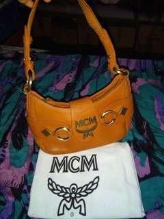 Mcm leather handbag vintage