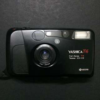Yashica T4D Carl Zeiss