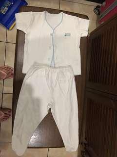 Baju bayi newborn sampai 3 bulan