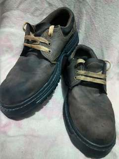 Safety Boots model Low Cut