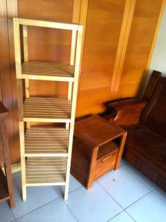 架子跟床頭櫃小收納櫃