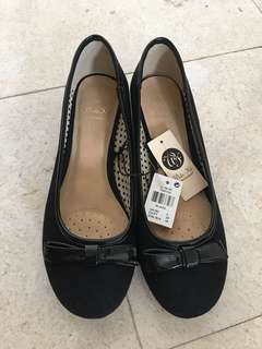 Brand new lady shoes