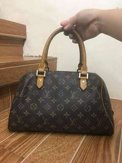 Lv rivera monogram