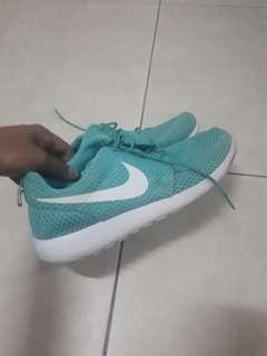 Roshe Runs Nike