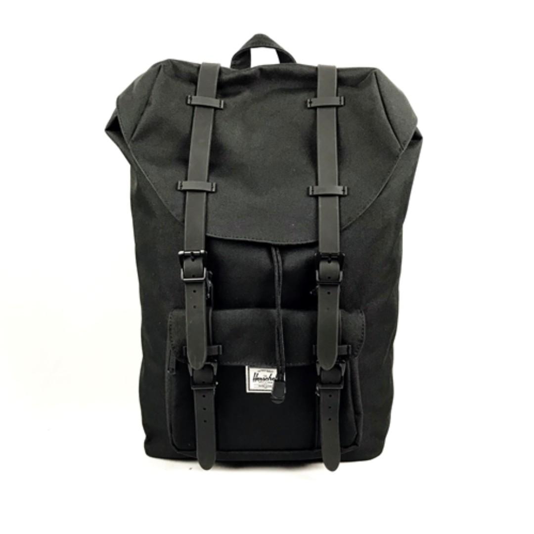 dc9314dac61 AUCTION - HERSCHEL Supply Retreat Backpack Black