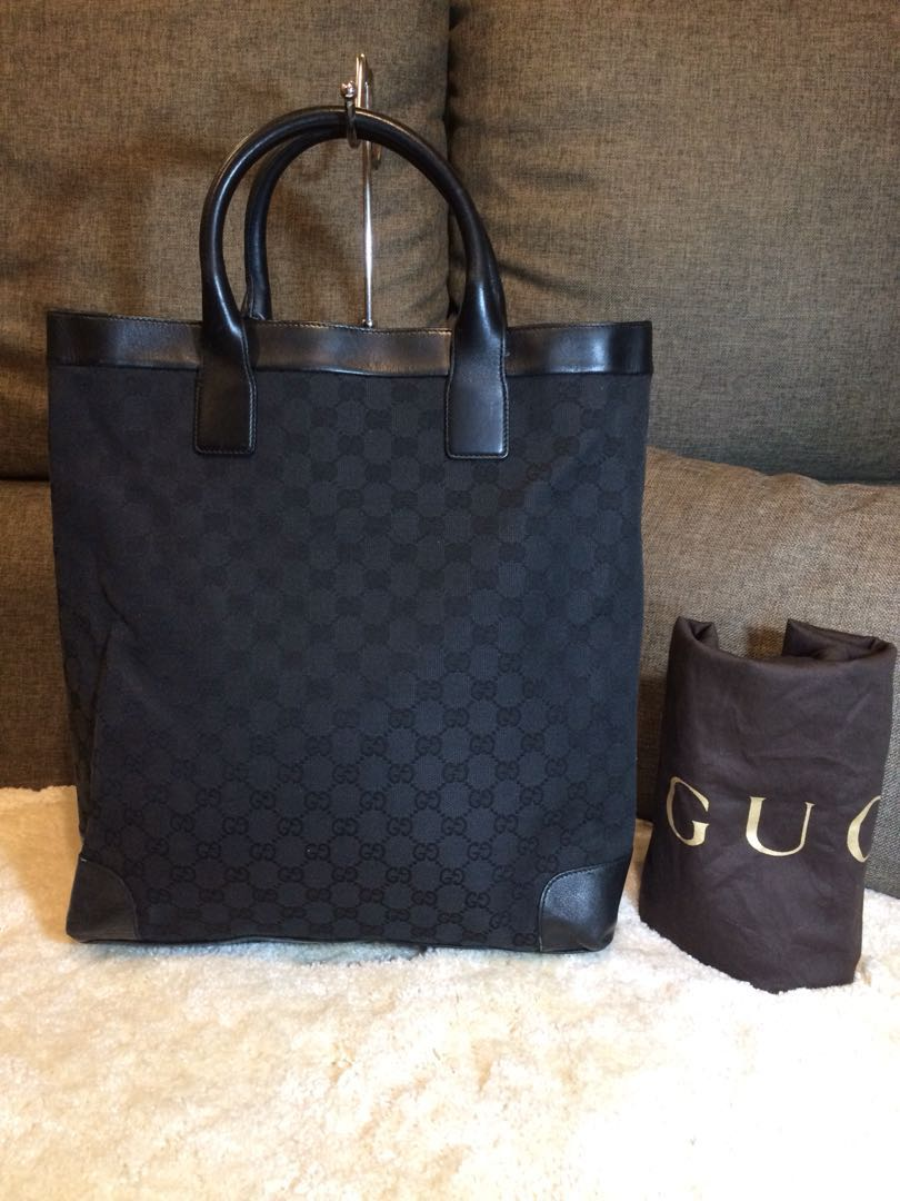 74c4b3ba4d4 Authentic Gucci Black Tote bag With Dustbag