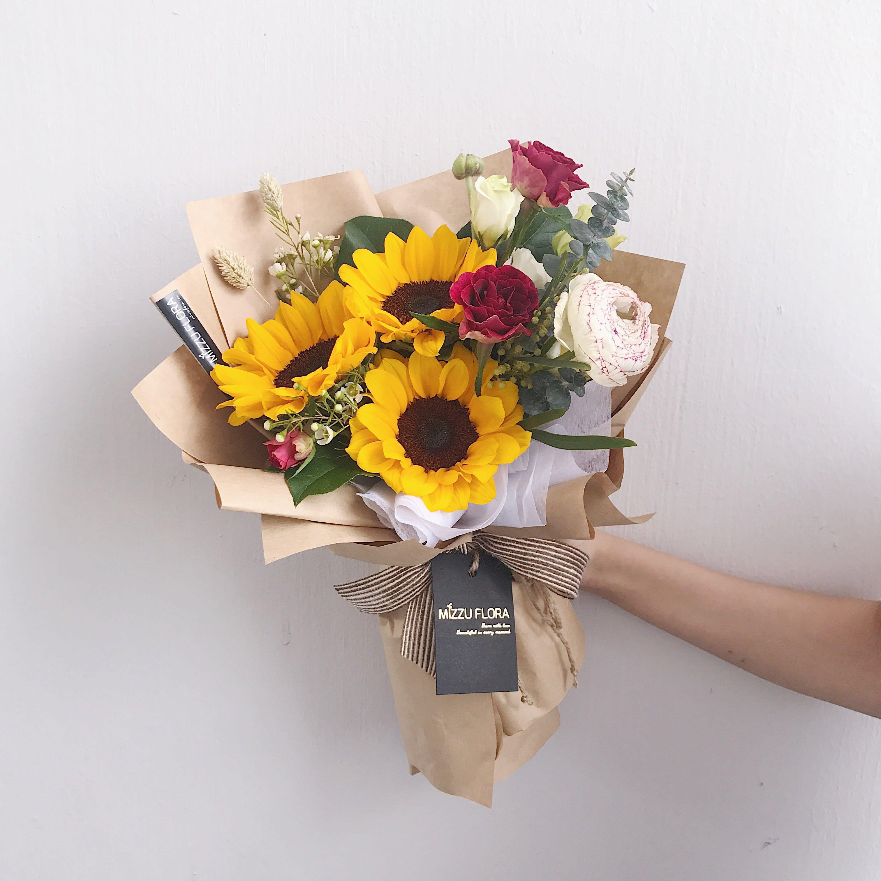 Graduation Sunflower Bouquet Graduation Flower Birthday Gift