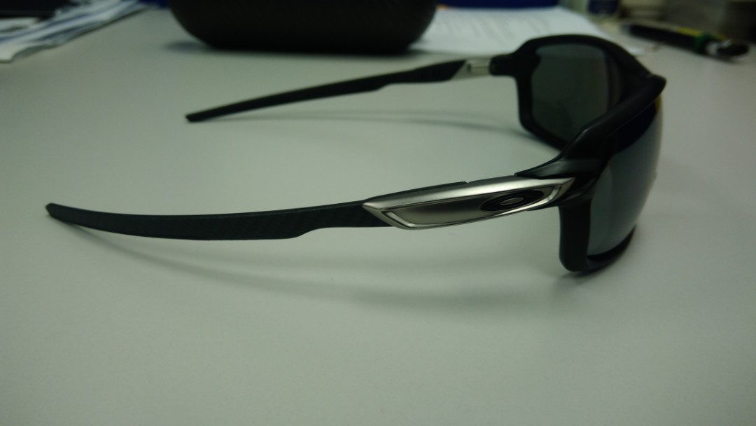 d7aa17e547 Oakley Carbon Shift