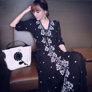🚚 春夏 波希米亞風刺繡顯瘦度假高腰綁帶長裙 (黑色)