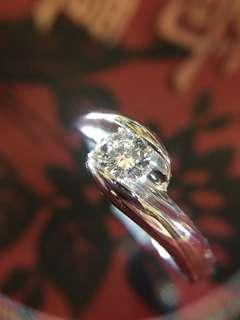 ✨ 簡單的 18K 天然鑽石戒指 ✨