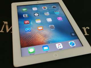 iPad 2 / 32GB ( Wifi+ Cellular )