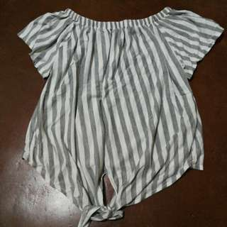 Stripes off shoulder (gray and white,h