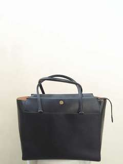 Tory Burch Robinson Tote Bag. Like New!!!! Rush Rush Rush!!