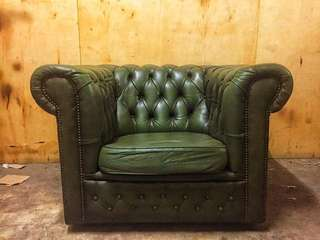 1 Seater Chesterfield Green (Used)