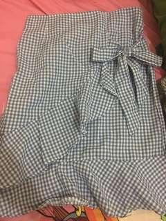 Raffled skirt