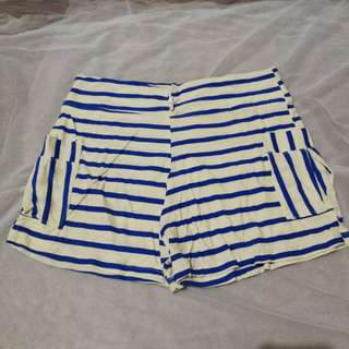 Comfy shorts (white and blue stripes)